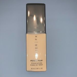 Cover FX Power Play foundation G+40